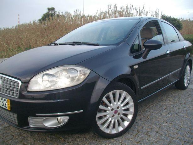 FIAT Linea 1.3 Multijet Emotion 90 CV de 2009 Impecável