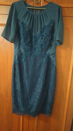 Нарядні плаття синього кольору 48-50