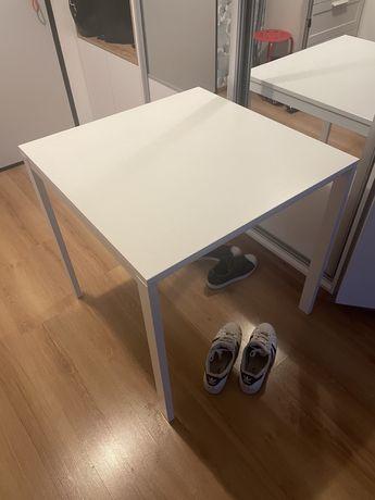 Stół biały z ikea