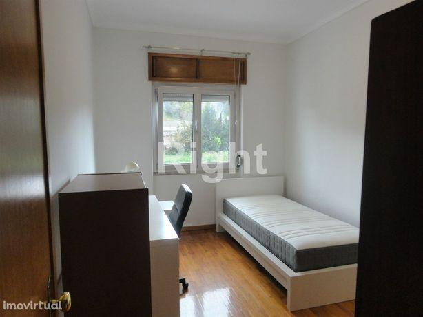 Apartamento 3 assoalhadas  mobilado e equipado nas Laranjeiras