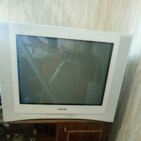 Продам телевизор Sony trinitron в идеальном состоянии