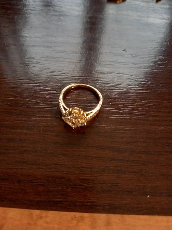 Złoty pierścionek 0.585