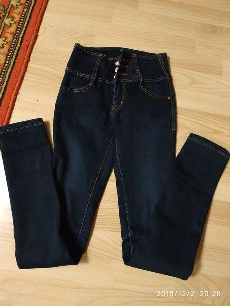 Джинсы тёплые р.25 на флисе зима девочка штаны