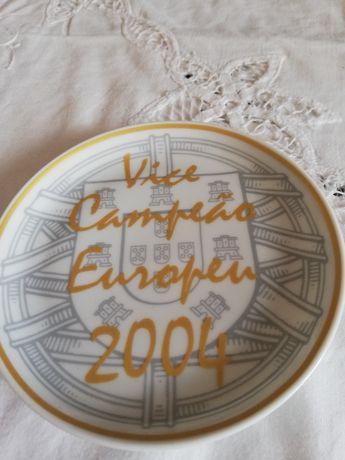 Prato alusivo ao Europeu 2004 de futebol