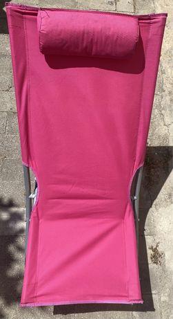 Cadeira de praia a precisar de uso