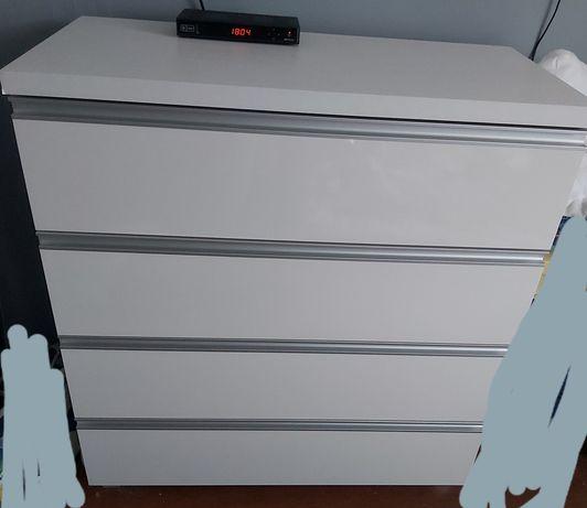 Komoda z 4 szufladami biały połysk
