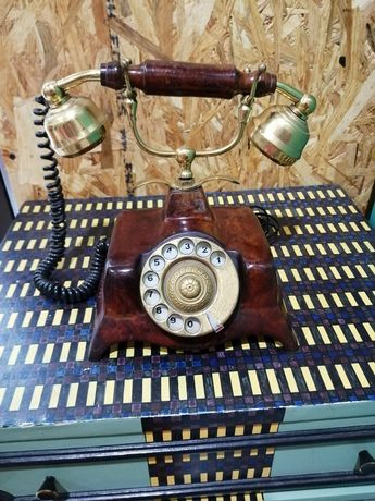 Telefone antigo. ( artigo raro )