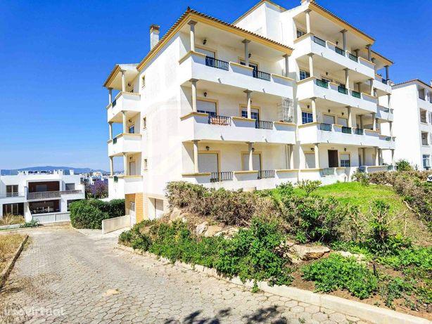 Apartamento T2 para Venda no Alto do Pacheco em Portimão