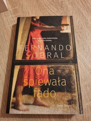 Ona śpiewała fado F. Sobral książka