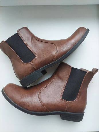 Осенние ботинки челси H&M