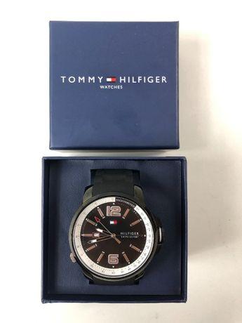 Tommy Hilfiger zegarek granatowy
