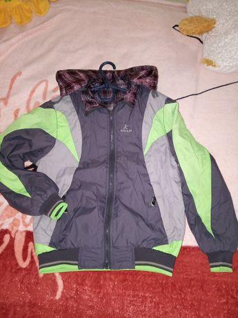 Куртка ,курточка двухстороняя демисезонная
