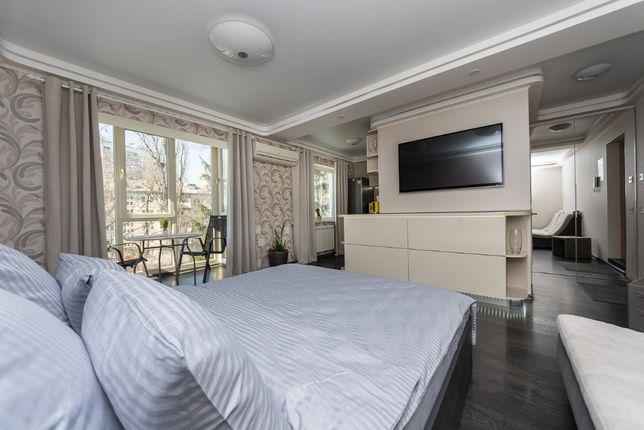 Современная квартира хорошего уровня по ул Соломенская 27