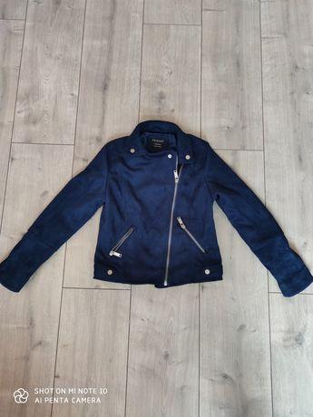 Продам куртку для дівчинки 8-9 років