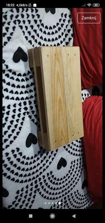 Drewniane półeczki