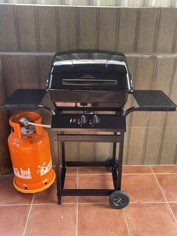 Churrasqueira/barbecue a gás