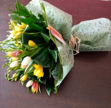 Arranjos e decoração com flores