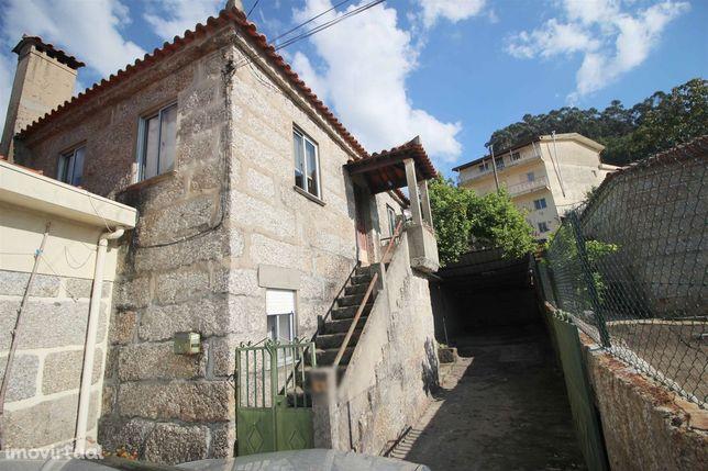 Moradia T3 Venda em Nespereira,Guimarães