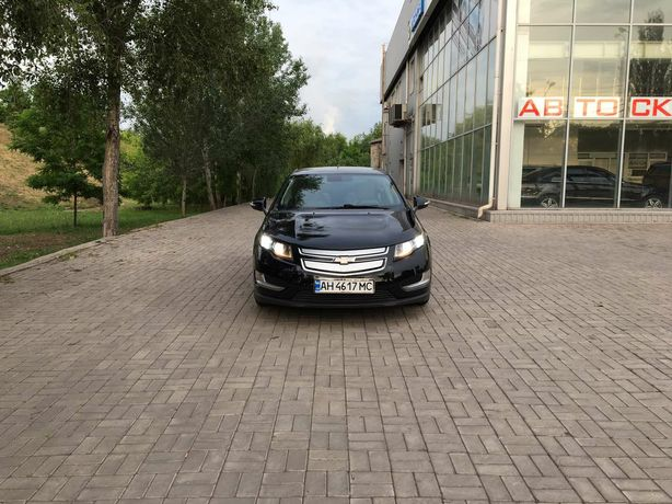 Chevrolet Volt Black