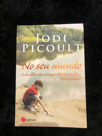 """Livro """"No seu mundo"""""""