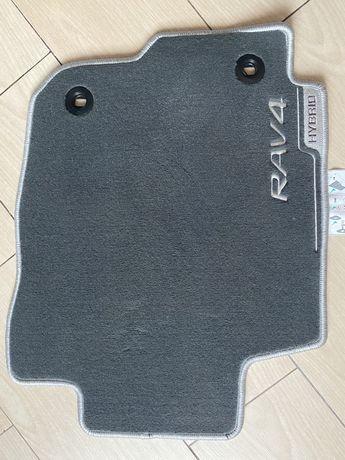 Новые коврики салона Toyota RAV4 Hybrid