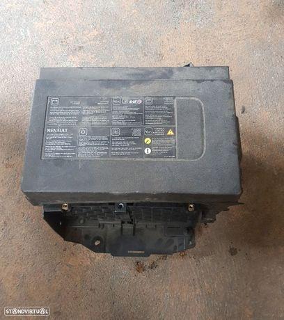 Caixa da Bateria Renault Trafic III 2015