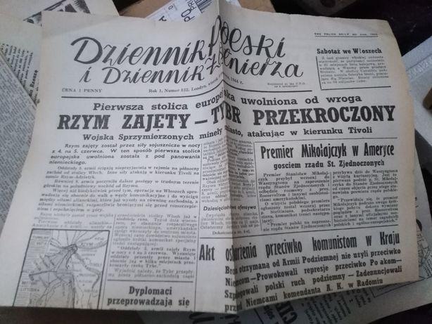 Stare polskie gazety z lat 40. 19 sztuk