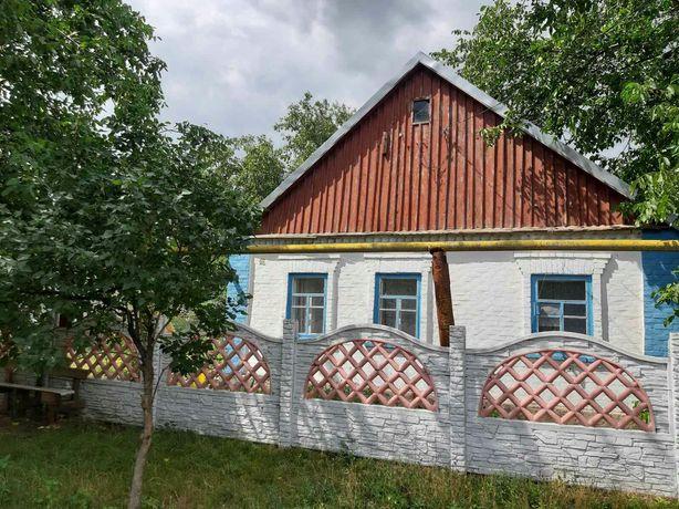 Дом (с. Перше Травня)
