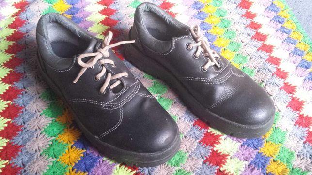 Buty damskie rozm.38 wkładka 24,5cm.