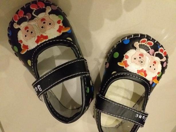 Papućki buciki dla dziewczynki balerinki