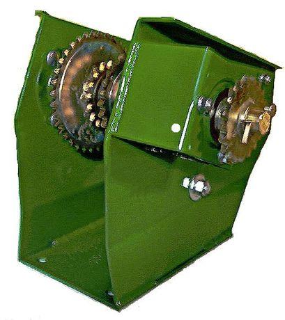 Редуктор (трансмиссия) системы внесения удобрений сеялки John Deere