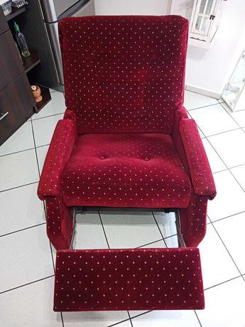 Fotel z wysuwanym podnóżkiem i regulowanym oparciem, nowa tapicerka