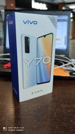 VIVO Y70 8/128 nowy
