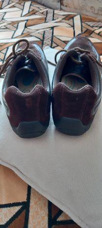 Черевики ботинки туфли кроссовки кросівки