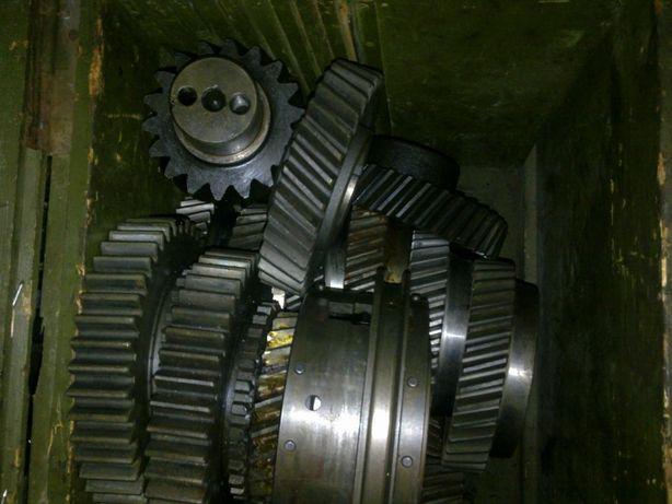 Корпуса КПП 236-238, Картер сцепления, шестерни, синхронизаторы