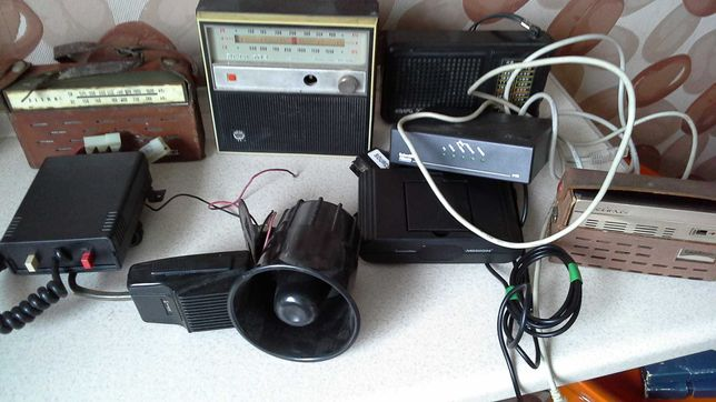 Starocie,radia,wzmacniacz z regulowanym mikrofonem,tuba.