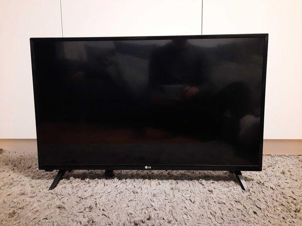 Telewizor LG 32 LJ500V