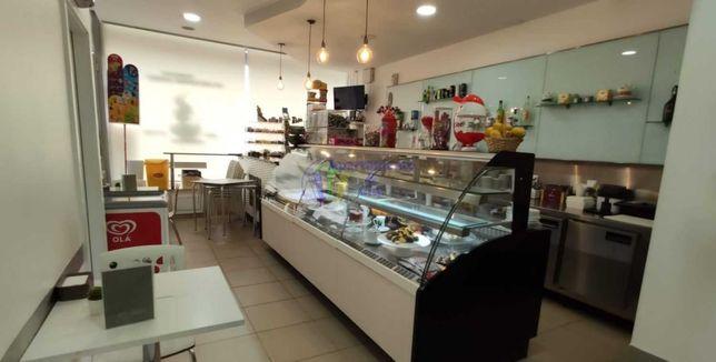 Trespasse de Café/Pastelaria em Real