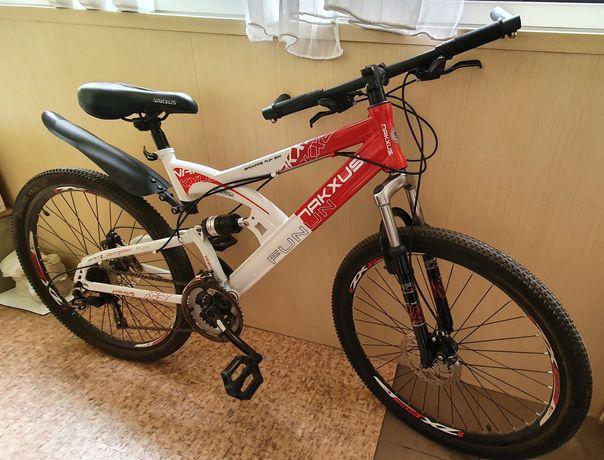 Велосипед горный (Nakxus). Рама 17, колеса 26 дюймов