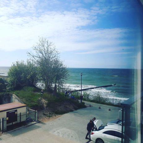 Ustronie Morskie z widokiem na morze