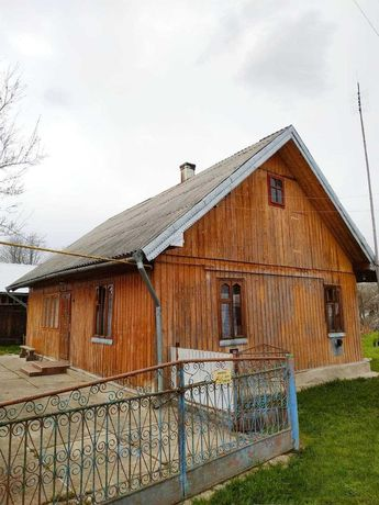 Будинок в селі Лукавці Вижницького району