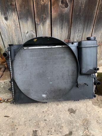 Продам радіатор bmw e38 3.5