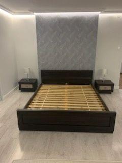 Komplet mebli do sypialni Łóżko sypialniane szafki nocne półka wisząca