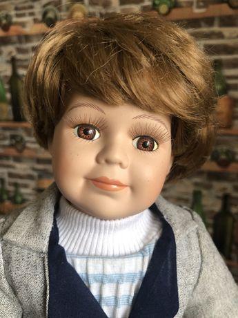 Фарфоровая кукла ,мальчик 40 см