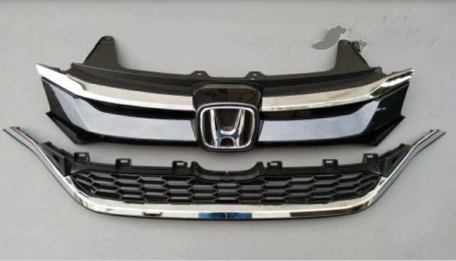 Решётка радиатора Honda CR-V 2015,2016