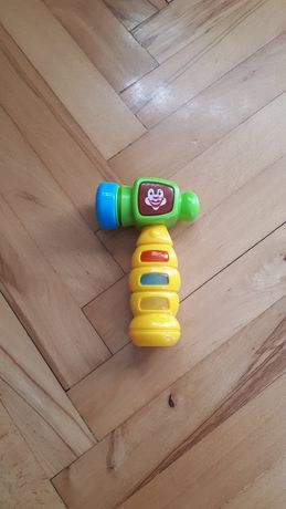Młotek zabawka na baterię