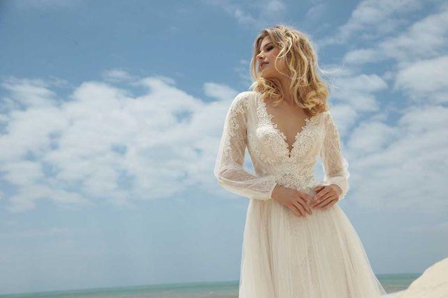 Suknia ślubna z kolekcji Capella firmy Gala