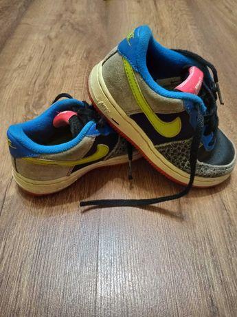 Кроссовки Nike,   кроссы теплые