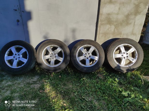 Продам оригінальні титанові дискиз резиною Mercedes R18