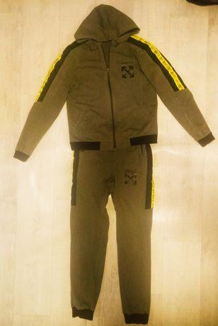 Спортивний костюм. Ріст 155 см